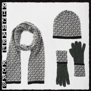 Michael Kors gift set gloves hat scarf designer